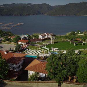 Хотелски комплекс Главатарски хан***